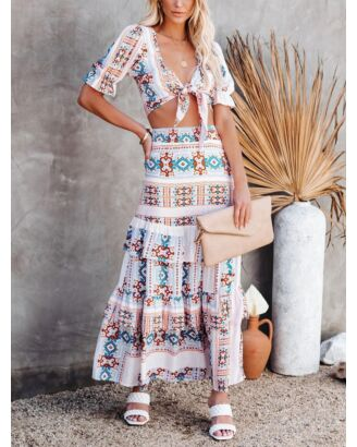 2 Pieces Geo Print Bohemian Set Knotted Crop Blouse & Layered Maxi Skirt